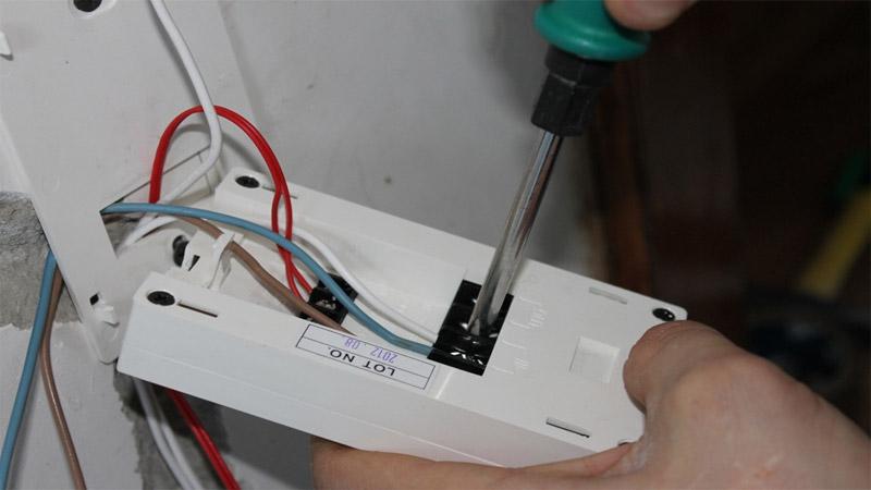 Теплый пол электрический: подключение терморегулятора