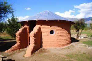 Дом из мешковины