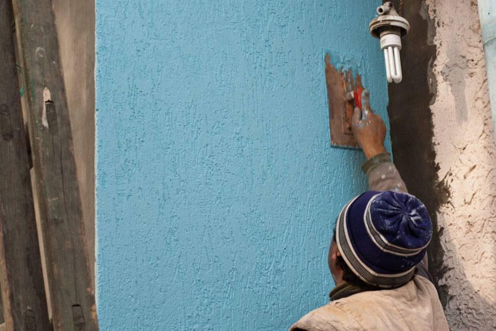 покраска наружных стен дома