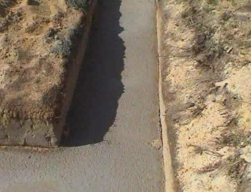 Заливка бетона в траншею