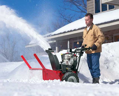 Бытовая снегоуборочная машина