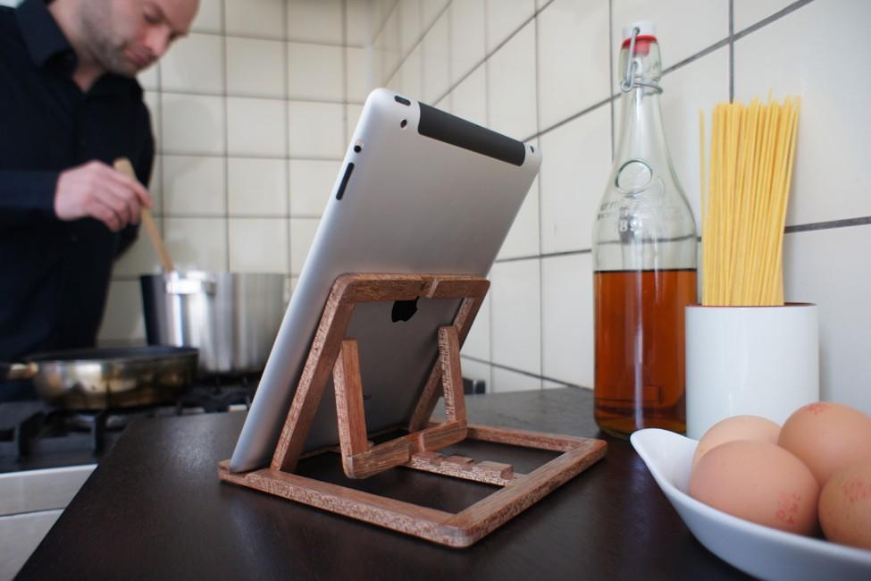 Подставка для планшета