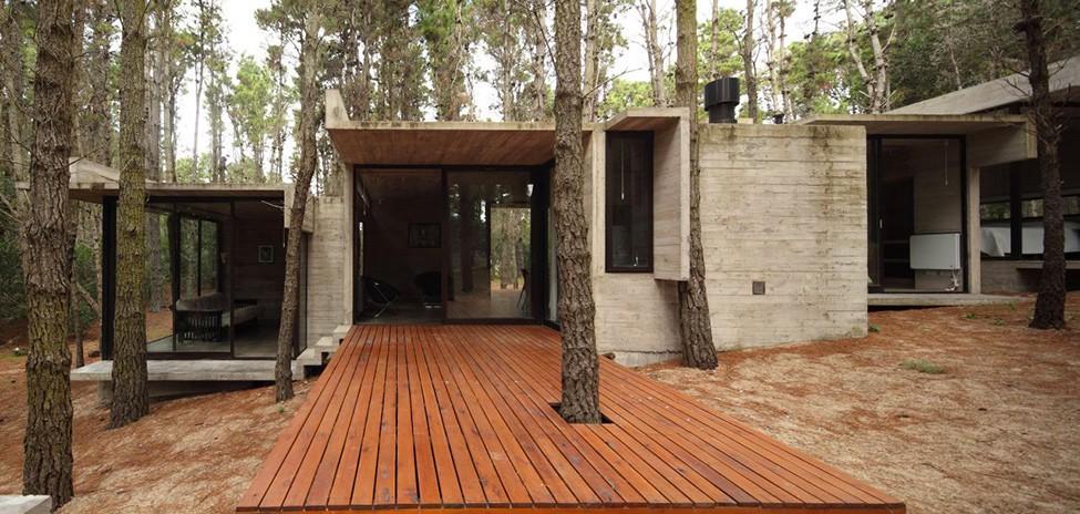 Бетонный дом в лесу, Аргентина (Буэнос-Айреса)