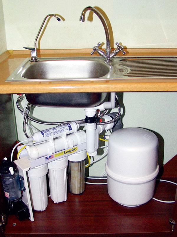 Трехступенчатый фильтр с осмосом