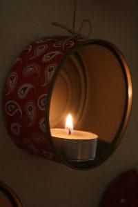 Поделки из консервных банок со свечой