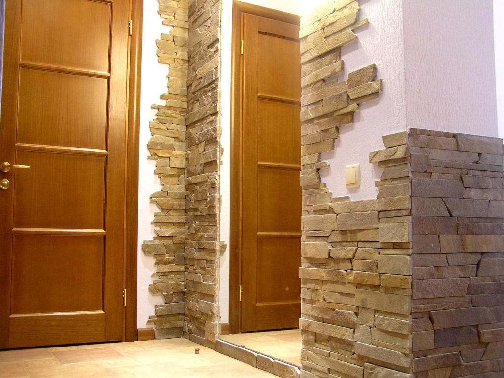 Декоративный камень для отделка прихожей