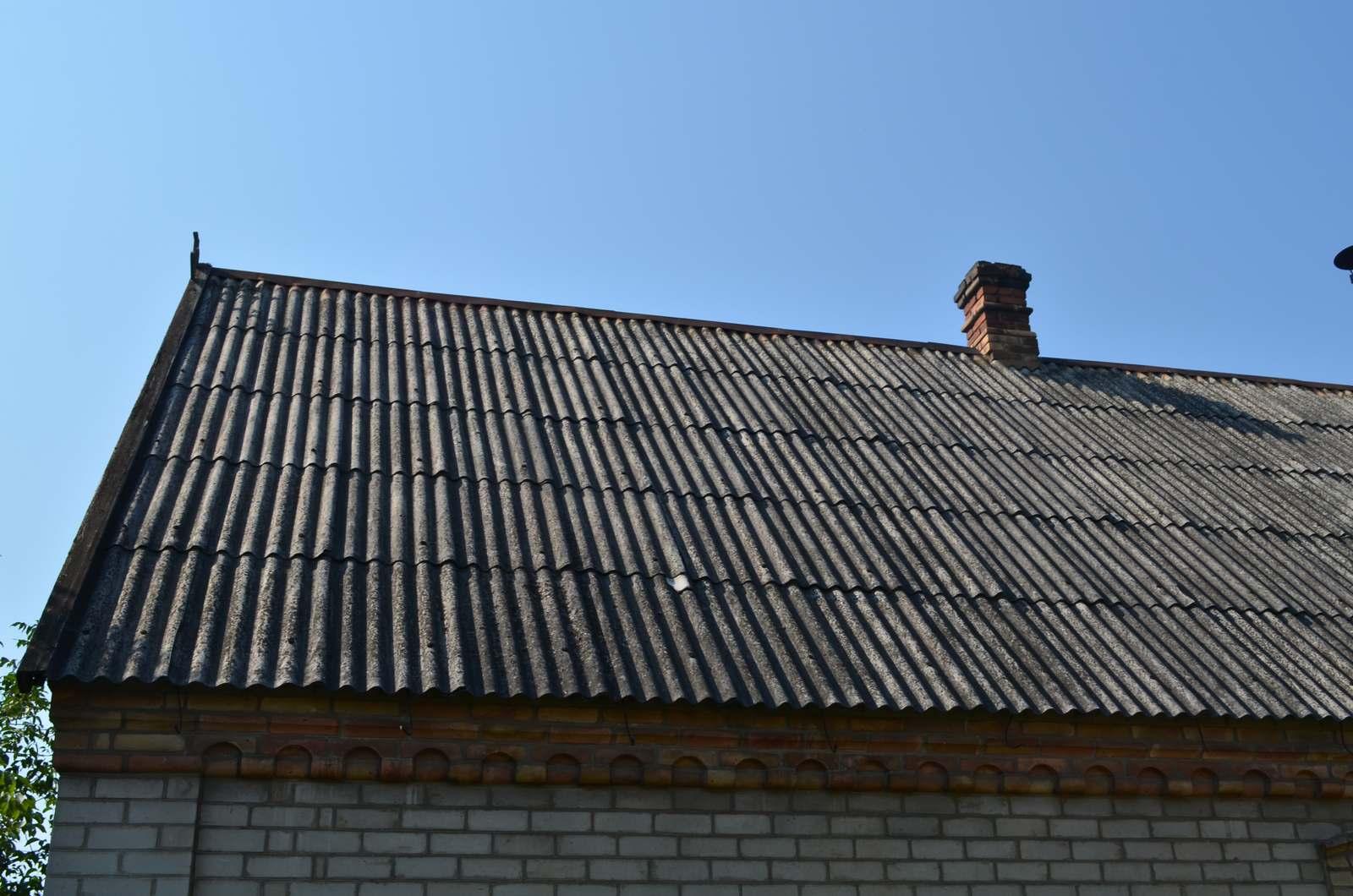 Демонтаж старой крыши фото