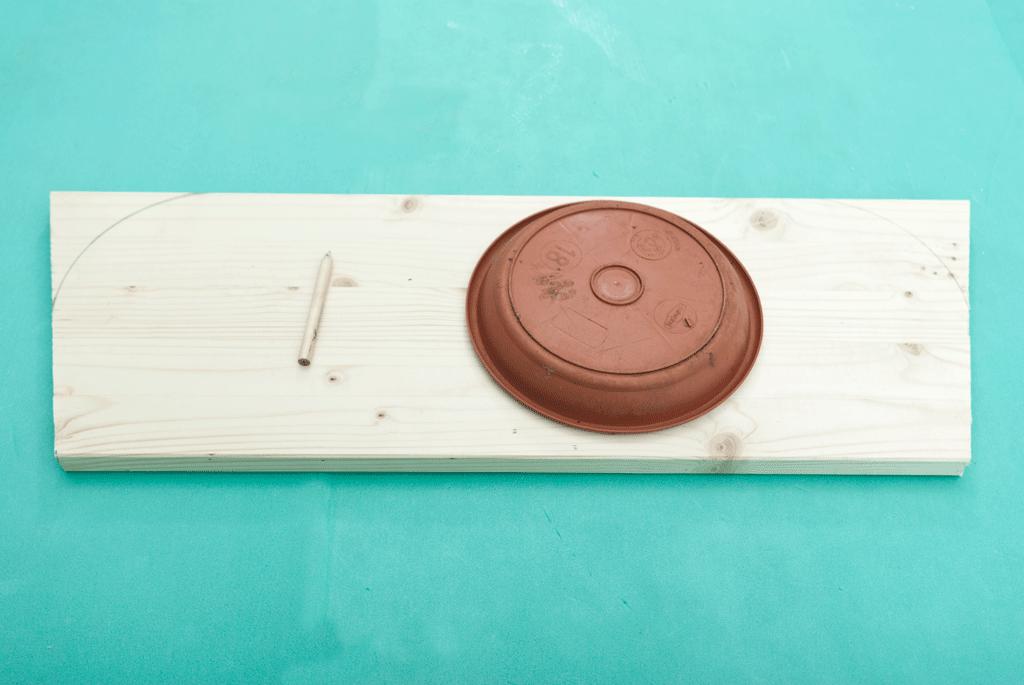 Разметка деталей деревянного колеса