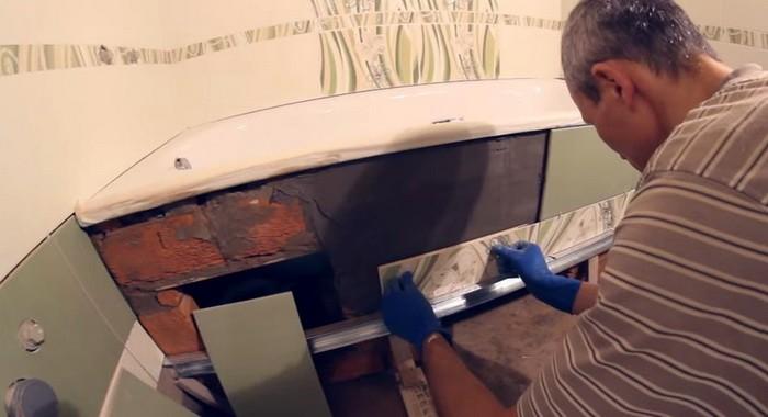Отделка чугунной ванны керамической плиткой