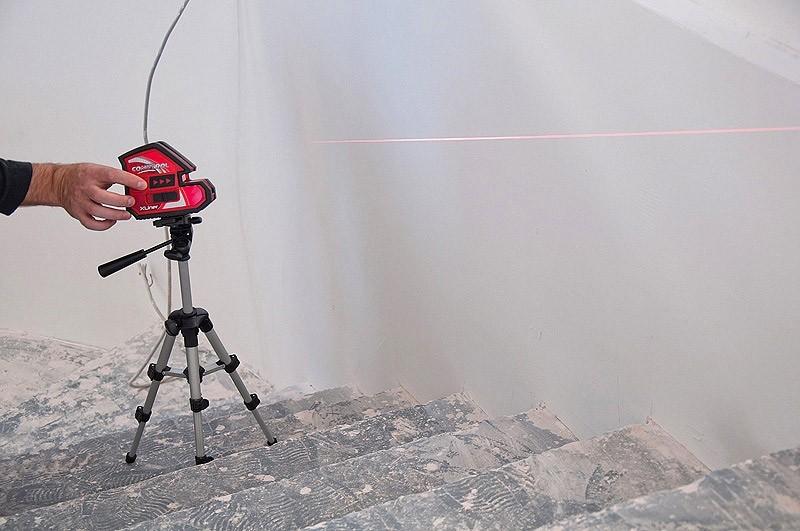 как пользоваться лазерным нивелиром бош