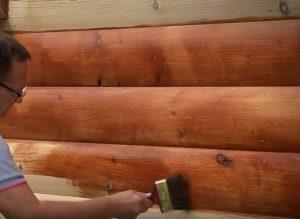 Обработка стен дома антисептиком