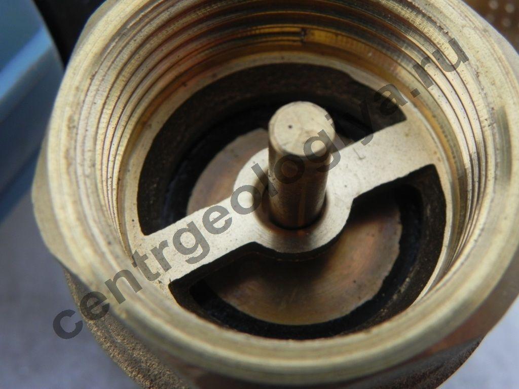 Обратный клапан фото