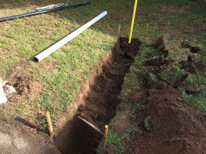 Как выкопать траншею для дренажа