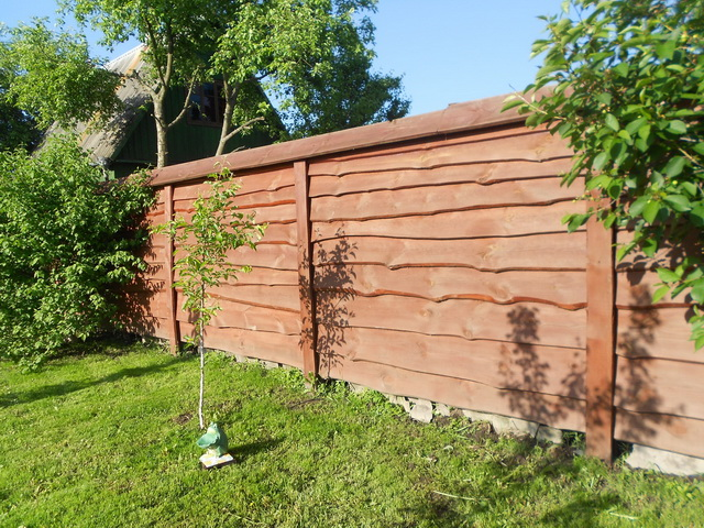 красивый забор из досок фото