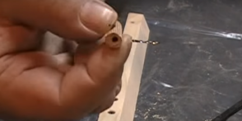 деревянный ограничитель глубины сверления