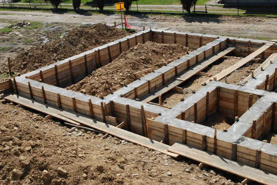 фундамент под газосиликатные блоки