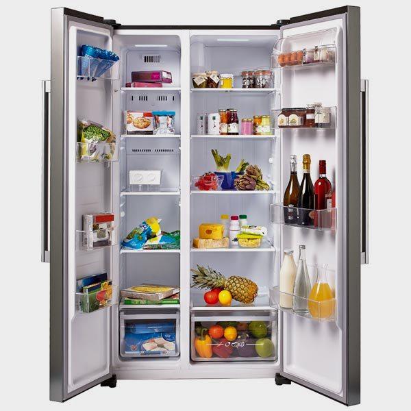 Холодильник с морозильной камерой сбоку