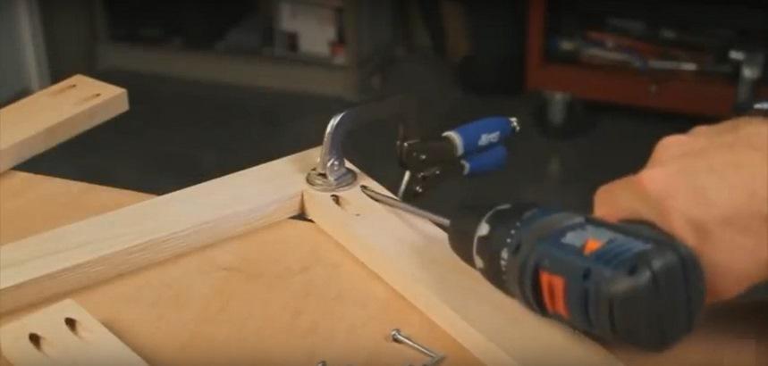 Инструменты для закручивания самореза под углом