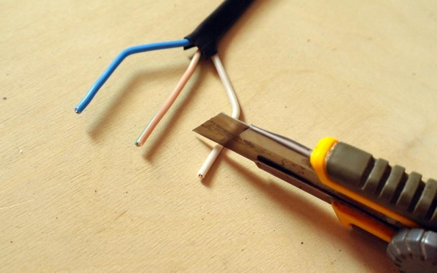 Неправильная зачистка провода