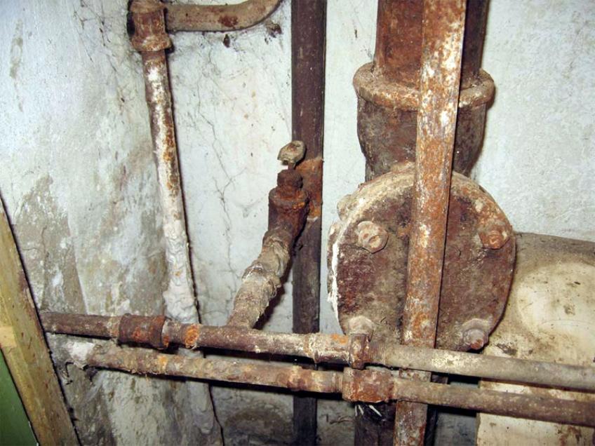 Старые трубы