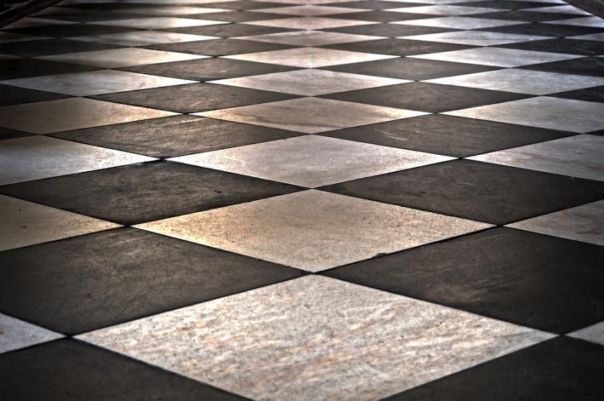 Плитка как вариант напольного покрытия