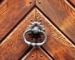 Входные двери различных видов и их характеристики