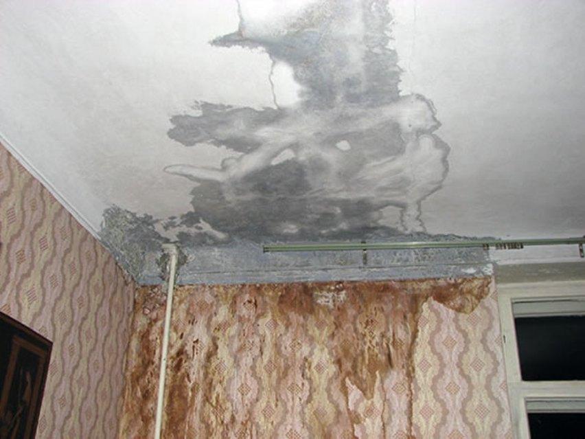 Залило квартиру по вине коммунальщиков: как получить компенсацию?