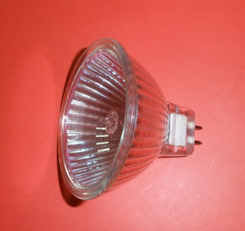 Галогенка в точечные светильники
