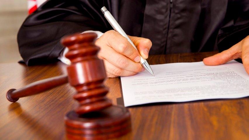 Заменить стояк через суд