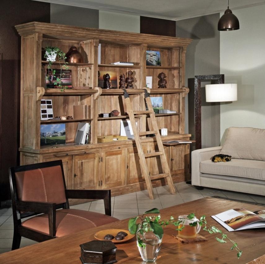 Книжный шкаф - удобный и практичный вид мебели в доме