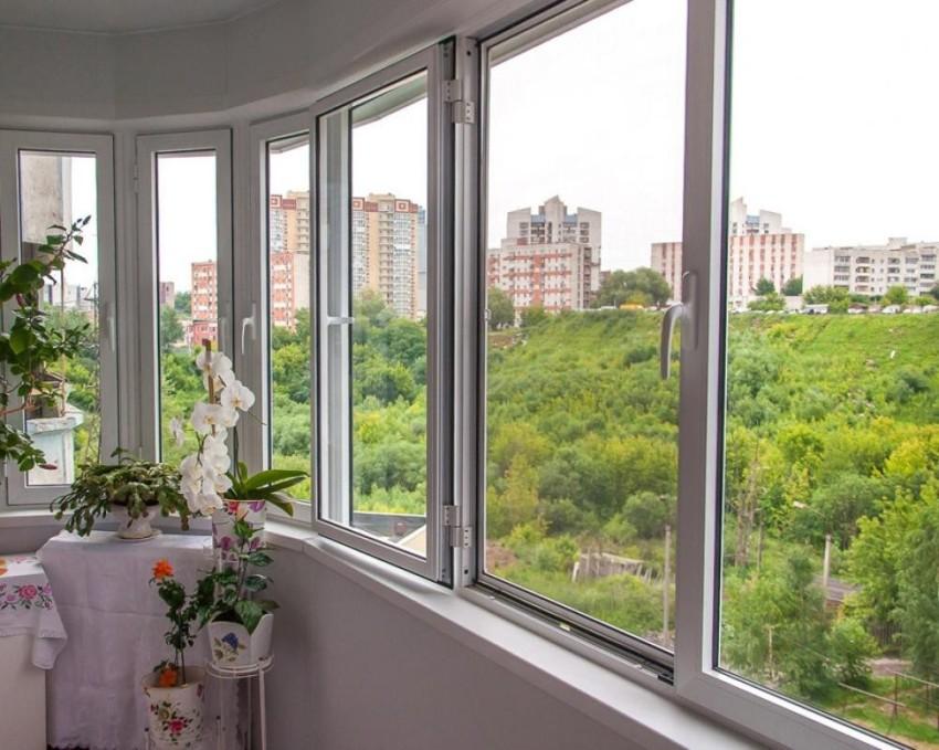 Удобство пользования застекленным балконом