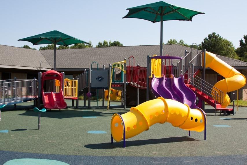 Обустройство игровой площадки для малышей