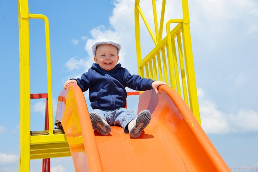 Оплата детской площадки: должны ли платить жильцы?