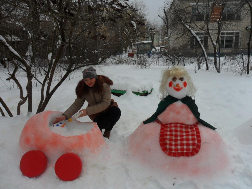 Снеговик с коляской