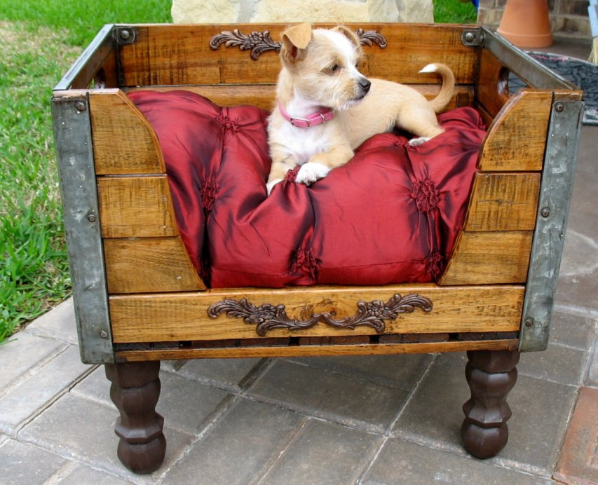 Диванчик для собаки