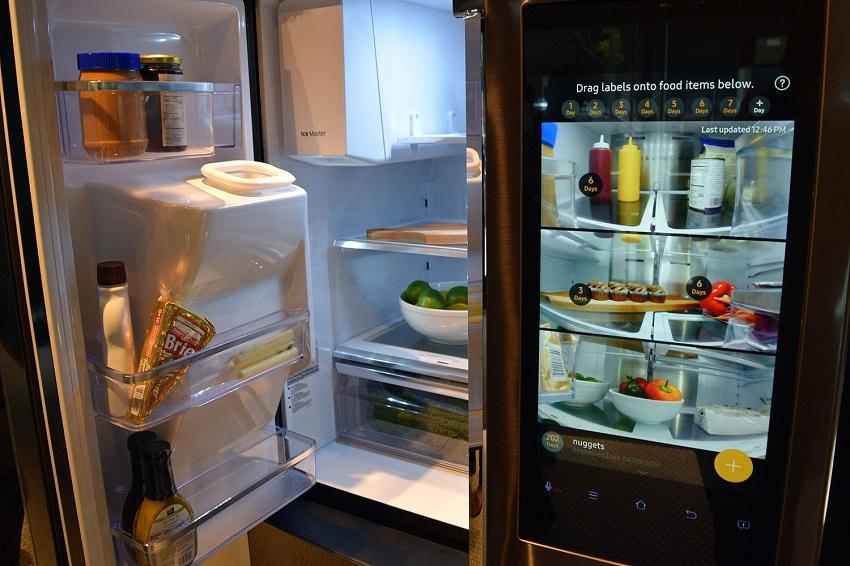 Сбербанк запатентовал умный холодильник. Когда ждать чудо техники?