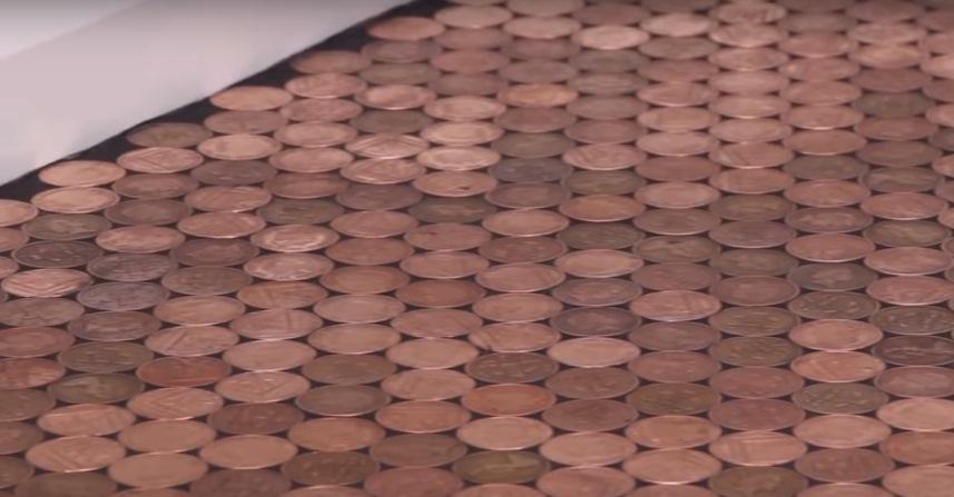 Ремонтно-строительные решения: пол из монет