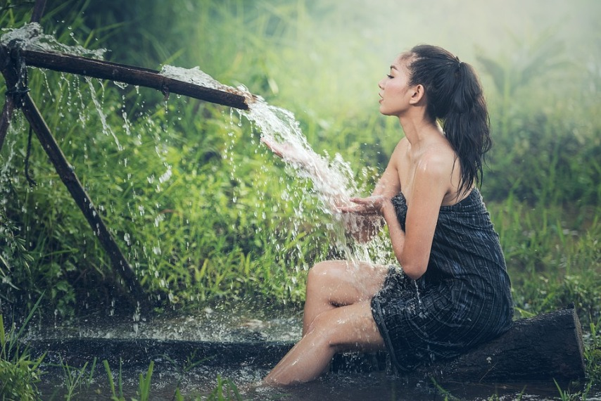Экономим летом: как можно без затрат получить теплую воду в частном доме