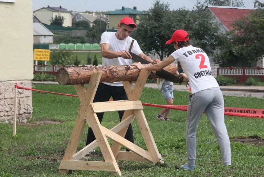 Козла для пилки дров