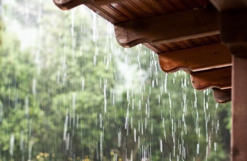 Карниз и дождевая вода