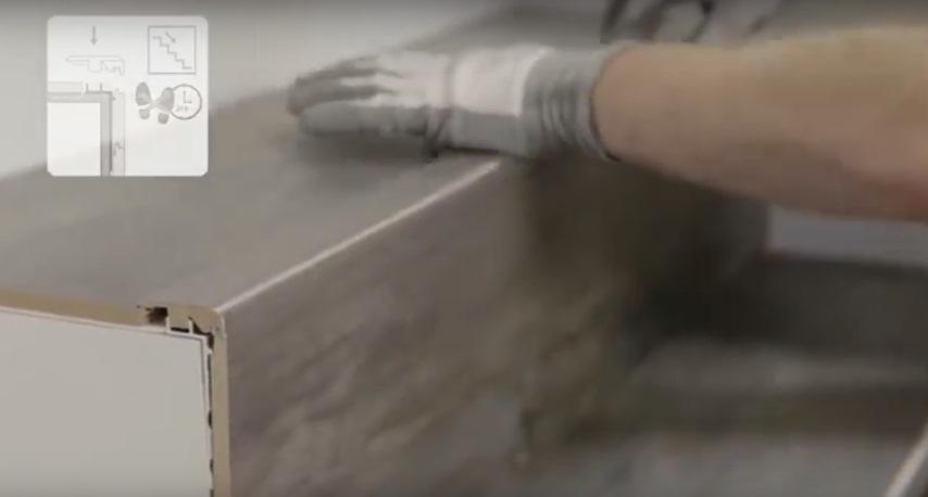 Как сделать и уложить ламинат на лестницу