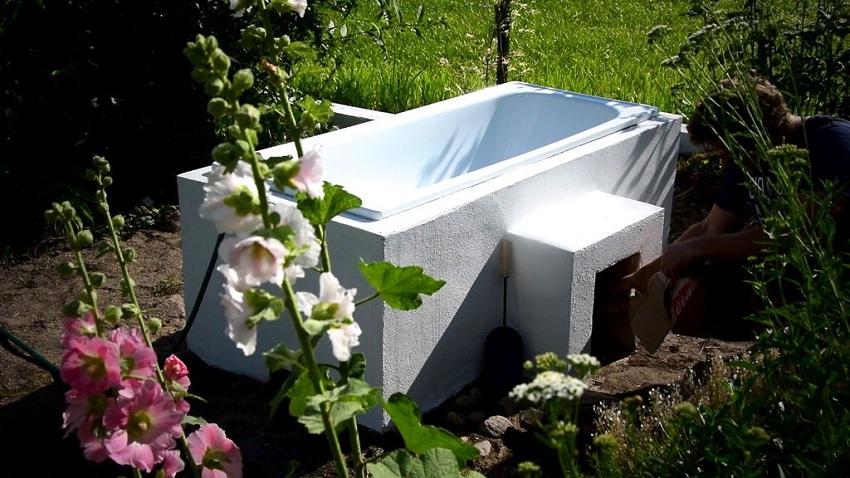 Как сделать ванну с подогревом прямо у себя в саду