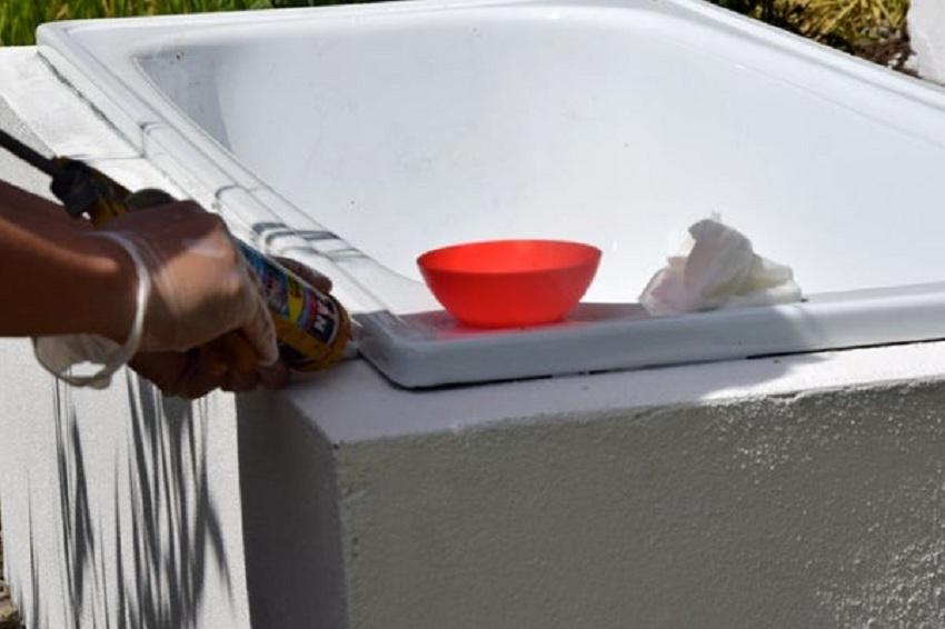 Монтаж самодельной ванны