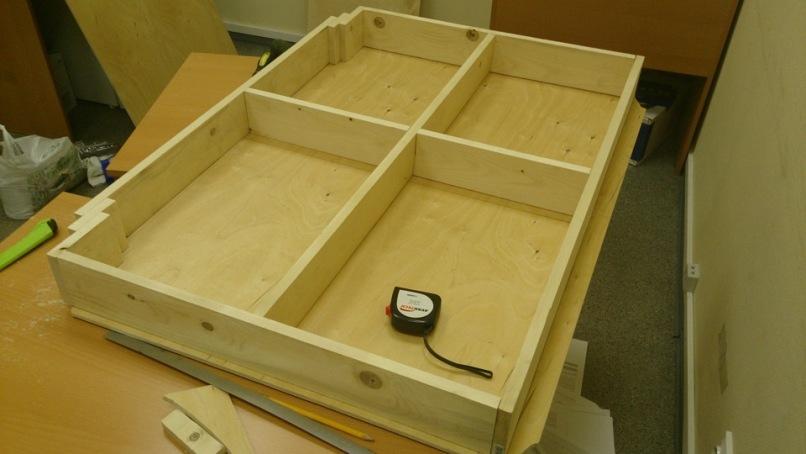 Ящик для хранения с отделениями