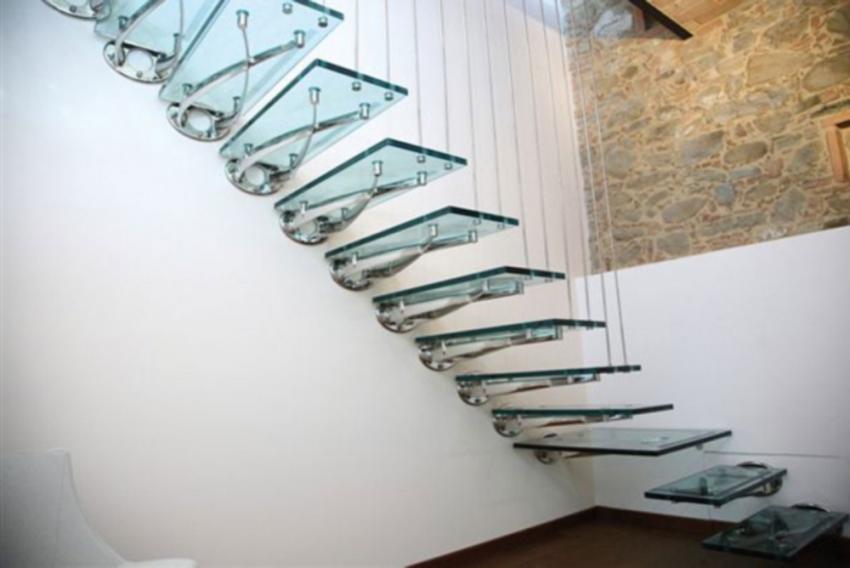 Варианты консольной лестницы
