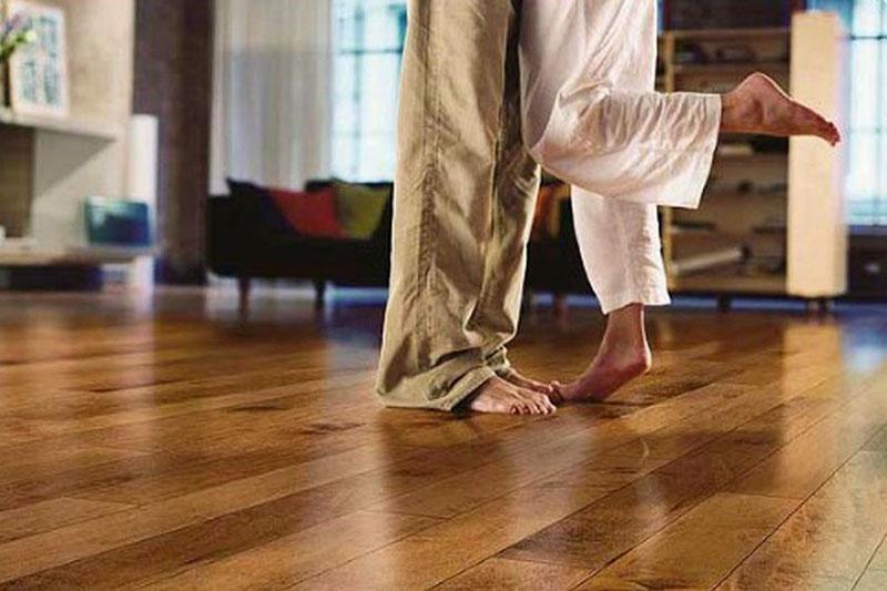 Специалисты советуют, как увеличить долговечность ламината