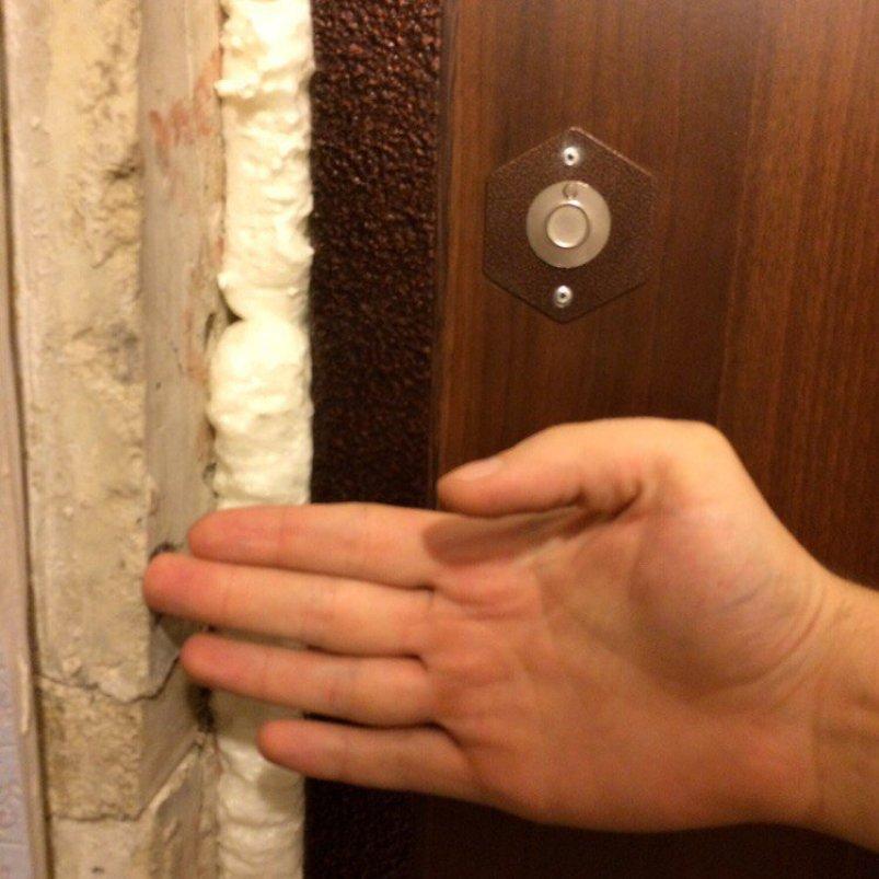 Утеплить дверь