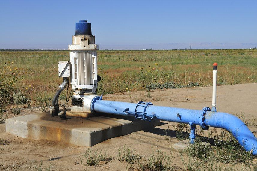 Промышленная скважина на воду
