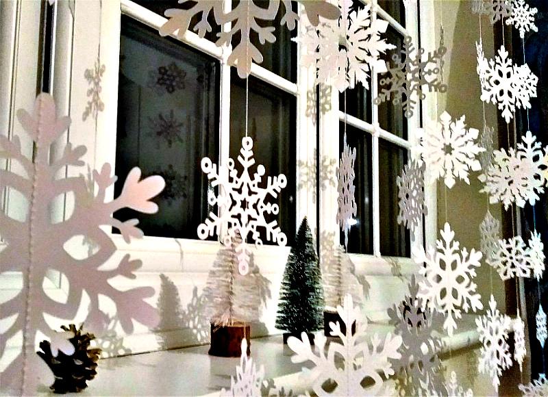 Украшение окон - снежная