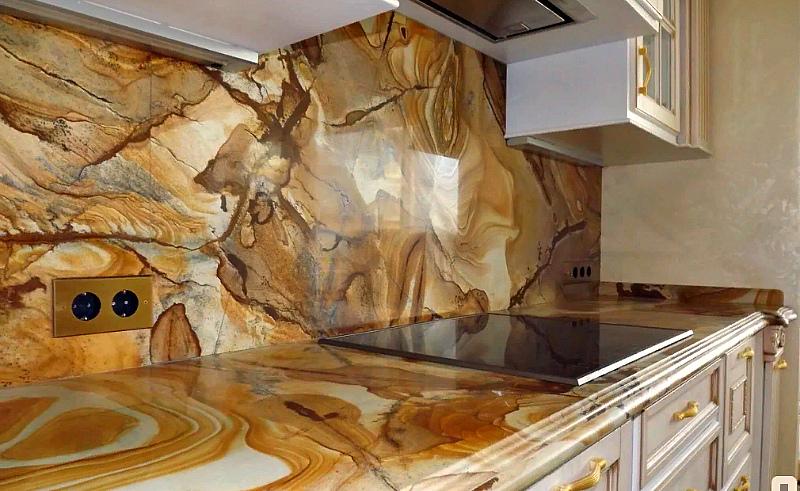 Гибкий мрамор в отделке кухни